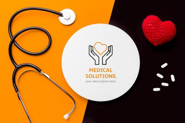 トップビュー聴診器と薬