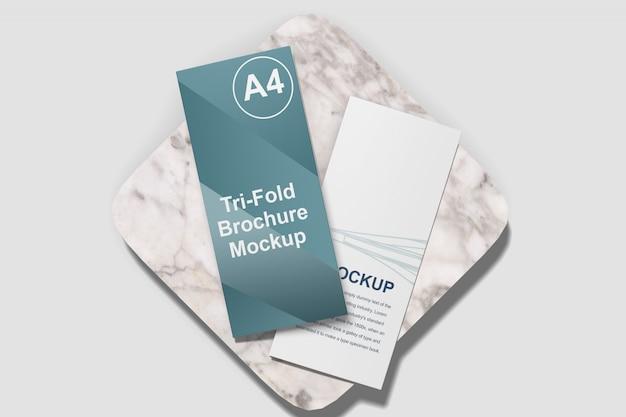 Мокап брошюры trifold