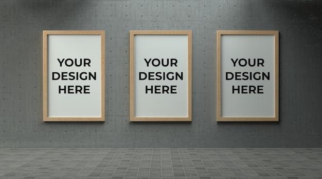 Тройной деревянный постер или фоторамка на бетонной стене с макетом промышленной среды