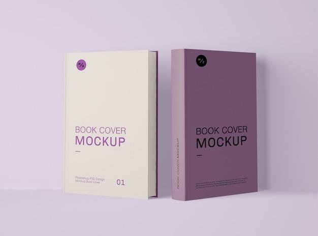 두 권의 책 표지 모형