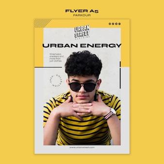 Volantino modello di moda urbana