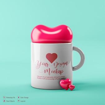 Изолированный макет кофейной чашки валентинки