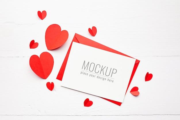 빨간 종이 마음으로 발렌타인 카드 이랑