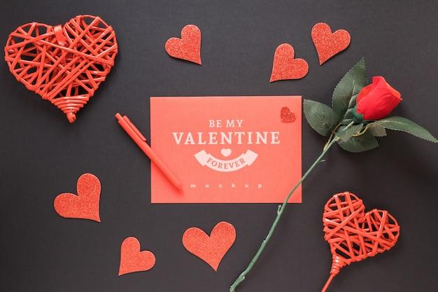 Валентинка макет с декоративной композицией