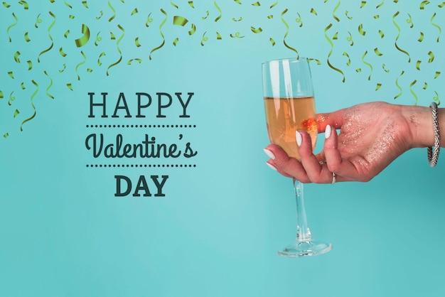 シャンパンでバレンタインデーのお祝い