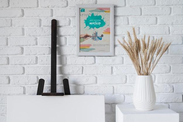 Vase with spike on desk