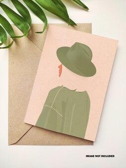 봉투 모형이있는 세로 인사말 카드