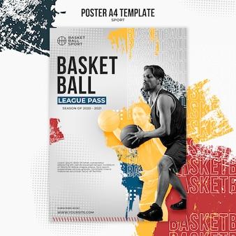 Modello di poster verticale per basket con giocatore maschio
