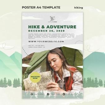 자연 하이킹을위한 세로 포스터 템플릿