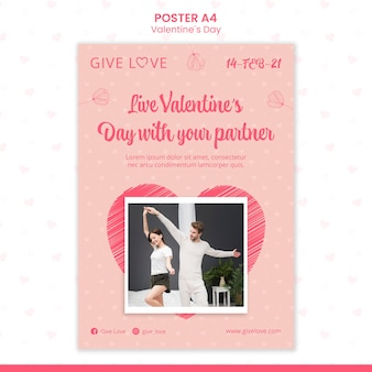Poster verticale per san valentino con foto di coppia