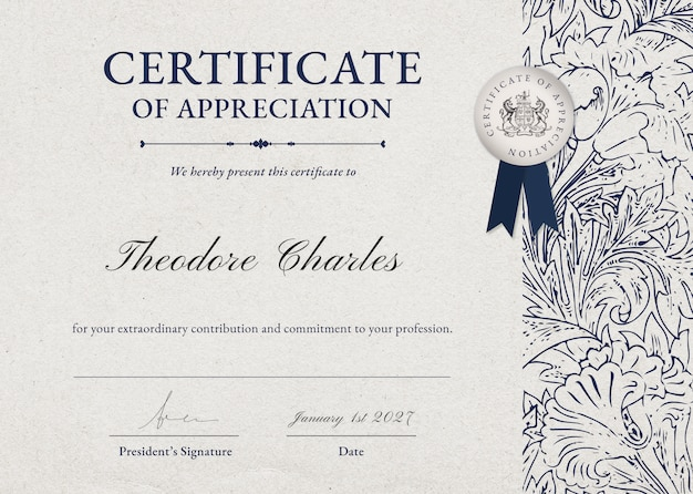 Vintage floral certificate template psd in classy style