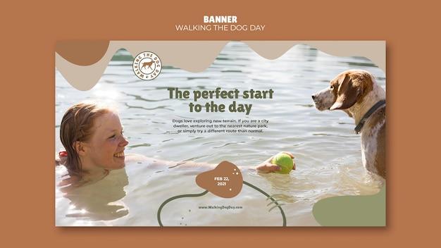 Walking the dog day banner modello di annuncio