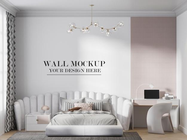 멋진 헤드보드 침대 뒤에 있는 벽 모형