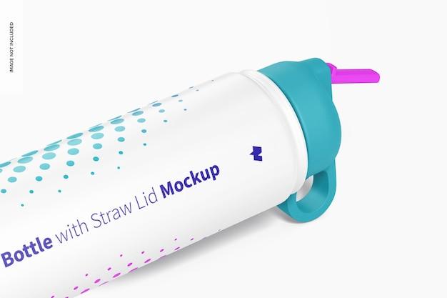Мокап бутылки для воды с соломенной крышкой
