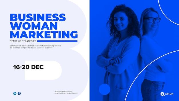 ビジネスの女性とwebテンプレートデザイン