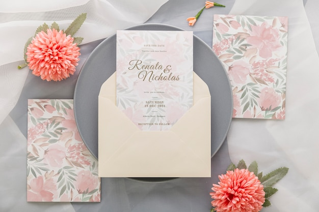 Wedding invitation with pink flowers