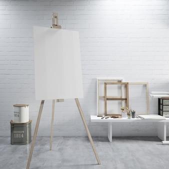 Белый холст на мольберте в художественной комнате