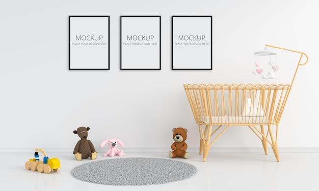 프레임 모형이있는 흰색 어린이 침실