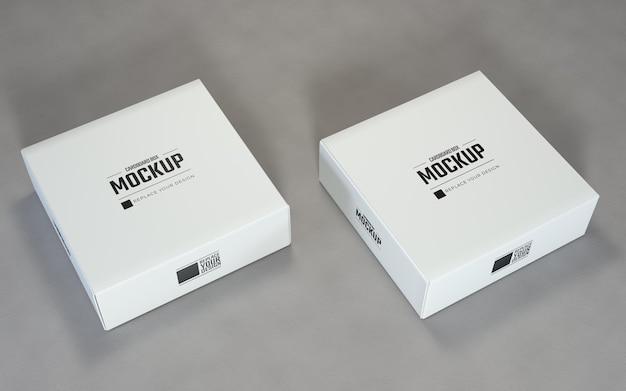 白い二重正方形の段ボール箱のモックアップ