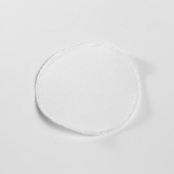 Mock-up di patch per abbigliamento in tessuto bianco