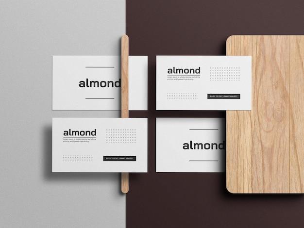 Белый минималистичный макет визитной карточки