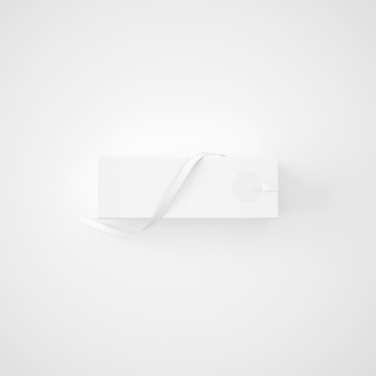 Белая упаковка с лентой