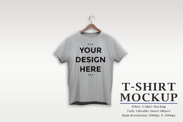 고립 된 옷걸이 모형에 흰색 티셔츠