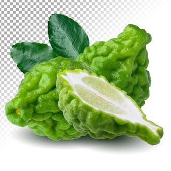 Целый и половина плодов бергамота с изолированными листьями