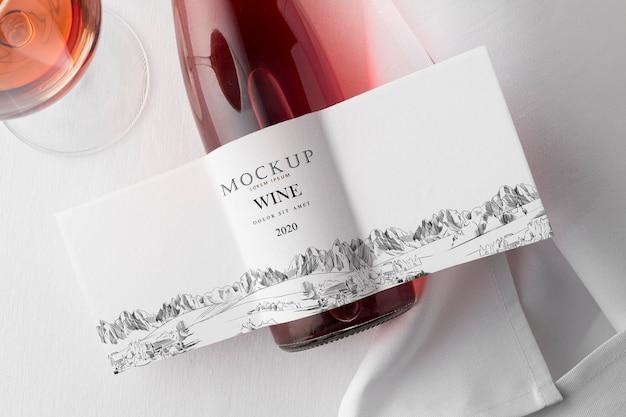 와인 병 라벨과 유리는 평평하게 모의