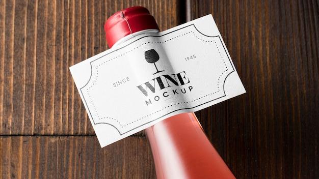 와인 병 레이블 상위 뷰를 모의