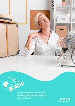 夏の暑さのテンプレートの女性