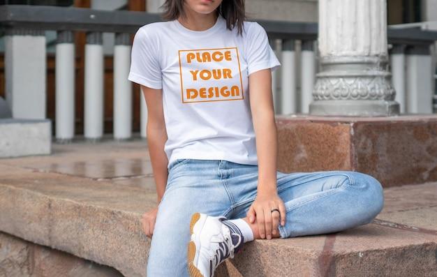 Woman t shirt mockup