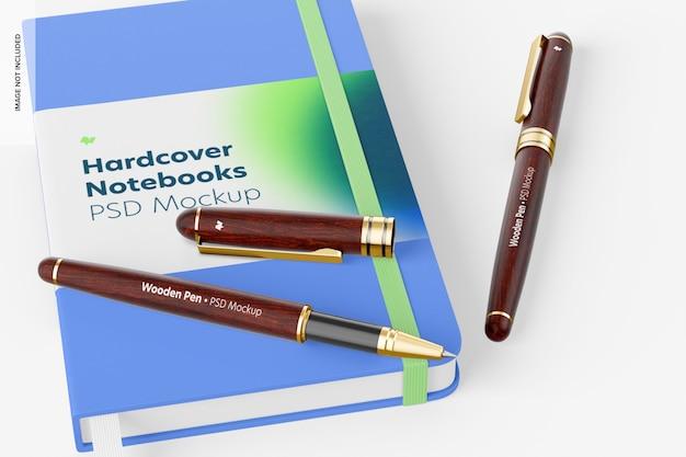 ノートブックモックアップ付き木製ペン