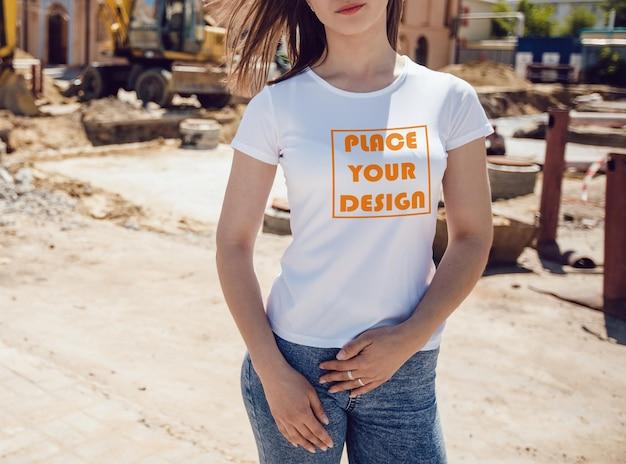 어린 소녀 현실적인 티셔츠 이랑
