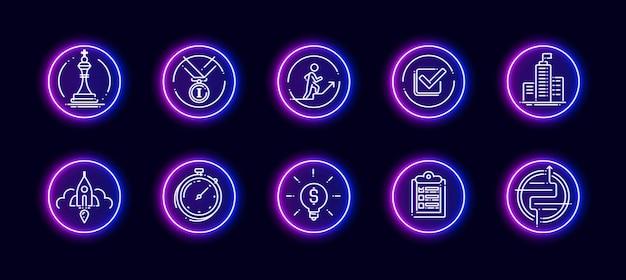 Набор векторных иконок 10 в 1, связанных с темой развития карьеры. lineart векторные иконки в стиле неонового свечения, изолированные на фоне.
