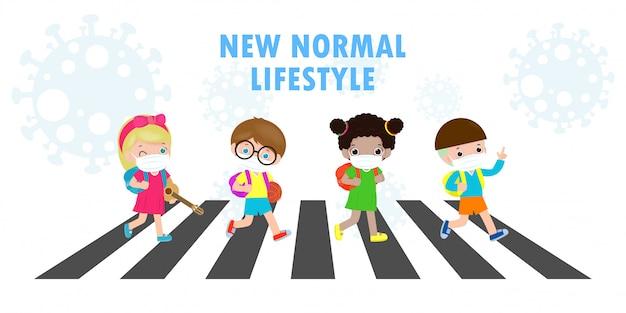 Новая концепция нормального образа жизни. снова в школу, милые, разнообразные. дети по пешеходному переходу и студенты разных национальностей в медицинских масках во время коронавируса или ковид-19.