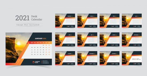 2021 desk calendar, week start on monday.