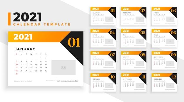 Design del calendario del nuovo anno 2021 in stile geometrico moderno