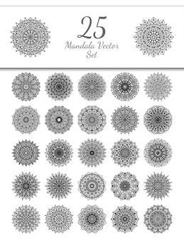 25マンダラセット。エスニックオリエンタル、インド風の一時的な刺青の花の装飾。飾りを落書き。概要手描きイラスト