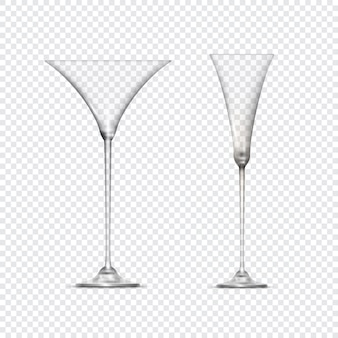 2つの透明な空のグラスゴブレット