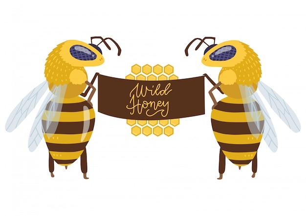 後ろ足で立って大きな布看板を持った2人の大きな蜂のキャラクター。野生の蜂蜜をレタリングとフラットの手描きイラスト。