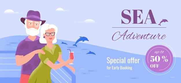 笑顔の2人の年配の配偶者が船の甲板でリラックスし、さわやかなドリンクを飲みながらイルカを見ています。休日休暇バナーテンプレートとしての海のクルーズ。シニア観光スペシャルオファー。