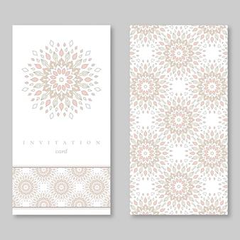 結婚式の招待状の2枚のカードのセット