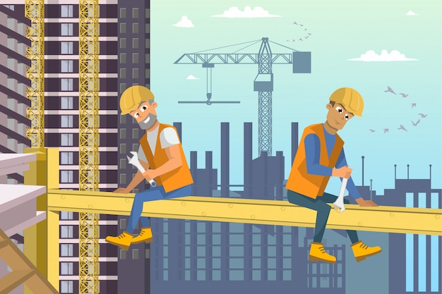 2人の建築者が家の建設の上の梁の上に座る