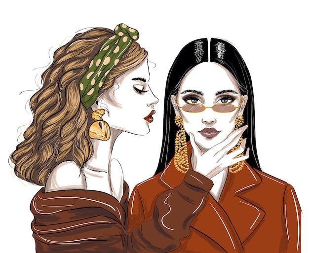 トレンディなアクセサリーの2人の女性