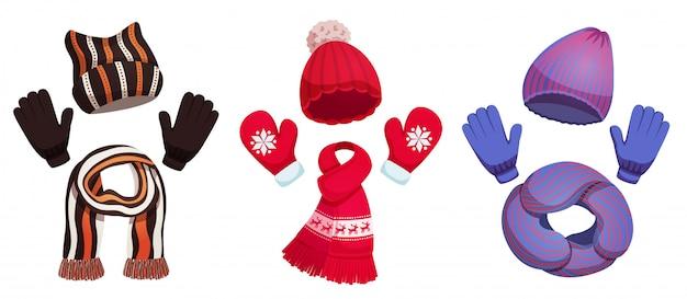 カラフルな寒い気候の服のイラストの3つのセットと季節の冬のスカーフ帽子コレクション