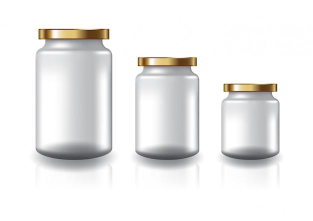 3 размера чистой прозрачной круглой банки с плоской золотой крышкой для добавок или пищевых продуктов.
