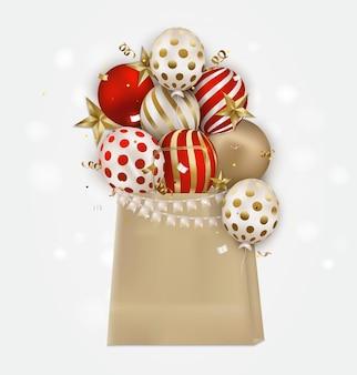 色付きの気球、3d星、紙吹雪、テキスト用の場所を備えたクラフトパッケージ。誕生日、イベント、販売、プロモーションのお祝い背景。