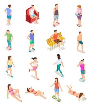 Изометрические люди в летней одежде. 3d человеческие персонажи, подростки в купальнике. изолированный набор