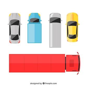 4台の車と1台のトラックの上面図